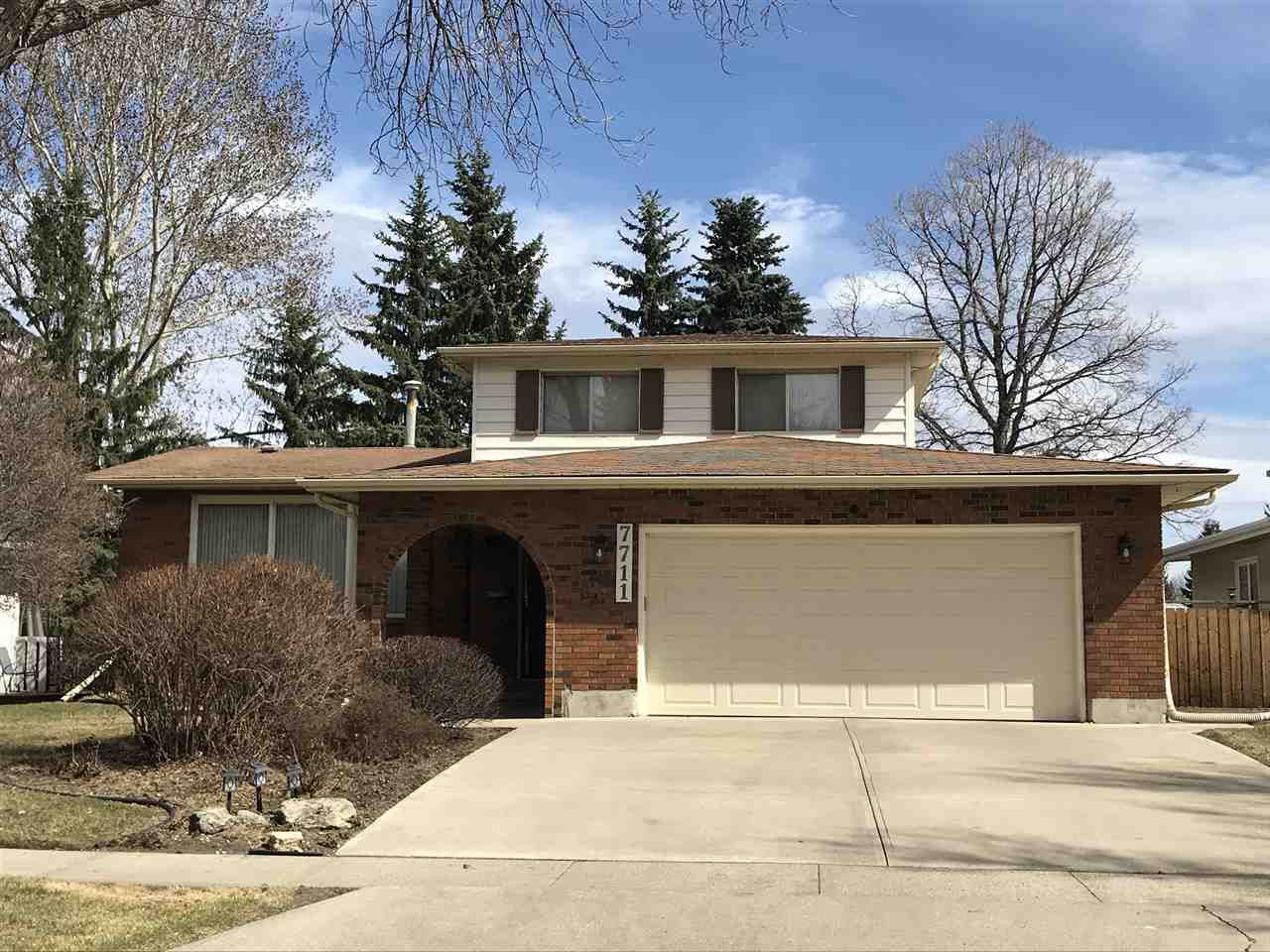 Main Photo: 7711 154A Street in Edmonton: Zone 22 House for sale : MLS®# E4153408