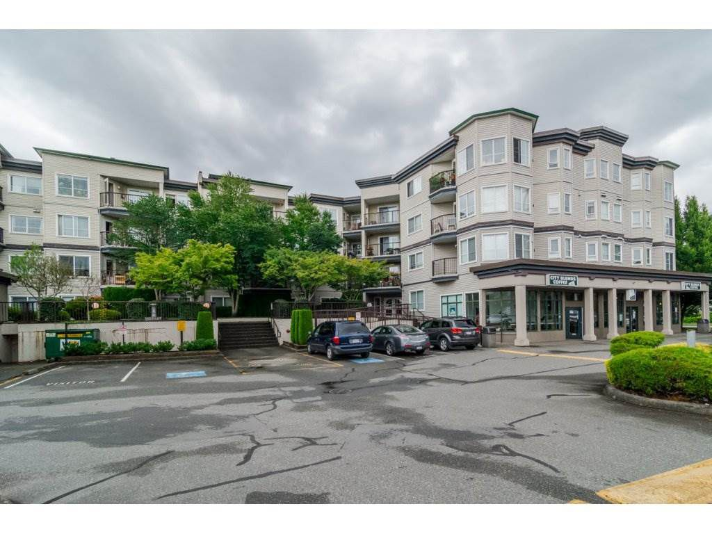 """Main Photo: 414 5765 GLOVER Road in Langley: Langley City Condo for sale in """"COLLEGE COURT"""" : MLS®# R2088277"""