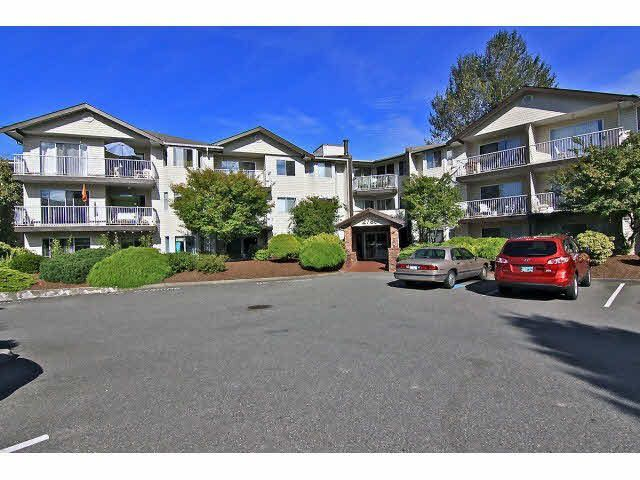 """Main Photo: 301 2780 WARE Street in Abbotsford: Central Abbotsford Condo for sale in """"Chelsea House"""" : MLS®# R2110446"""