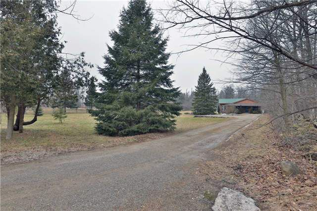 Main Photo: 14007 Ninth Line in Halton Hills: Rural Halton Hills House (Bungalow) for sale : MLS®# W3721629