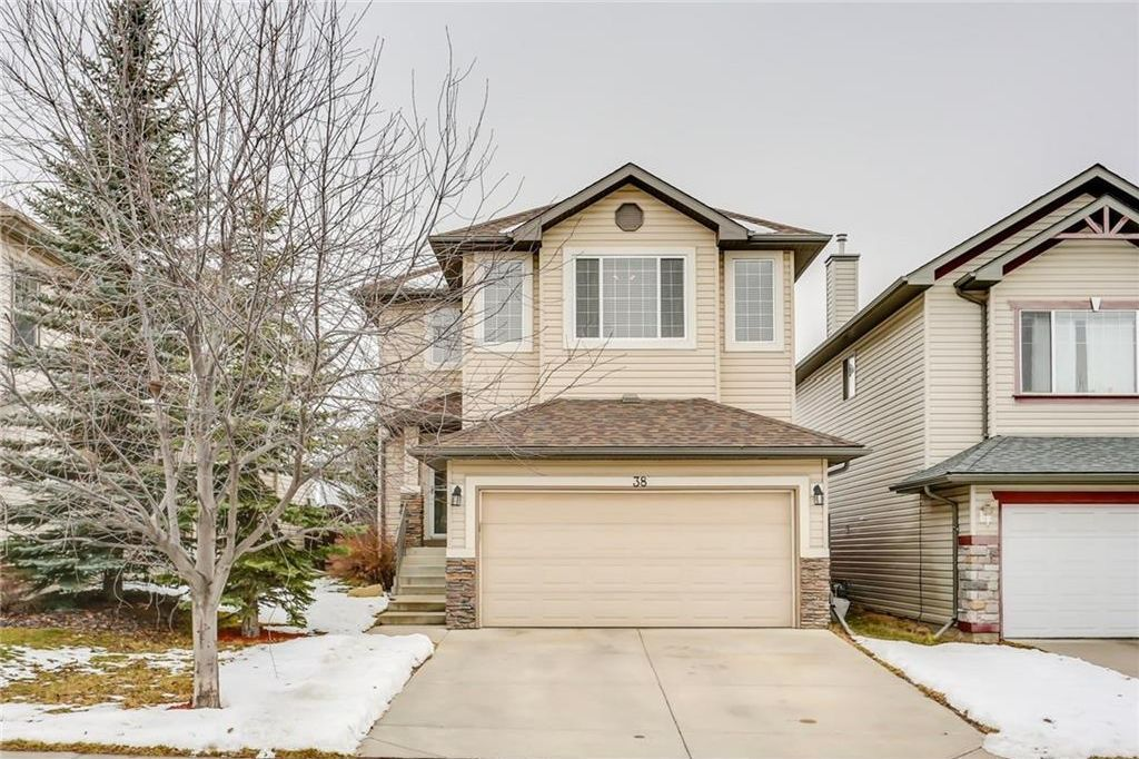 Main Photo: 38 SOMERSIDE Crescent SW in Calgary: Somerset House for sale : MLS®# C4142576