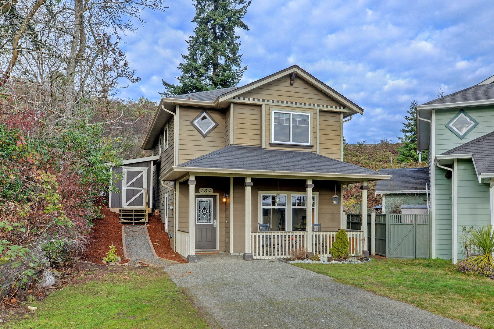 Main Photo: 134 Thetis Vale Crescent in VICTORIA: VR Six Mile Single Family Detached for sale (View Royal)  : MLS®# 386180