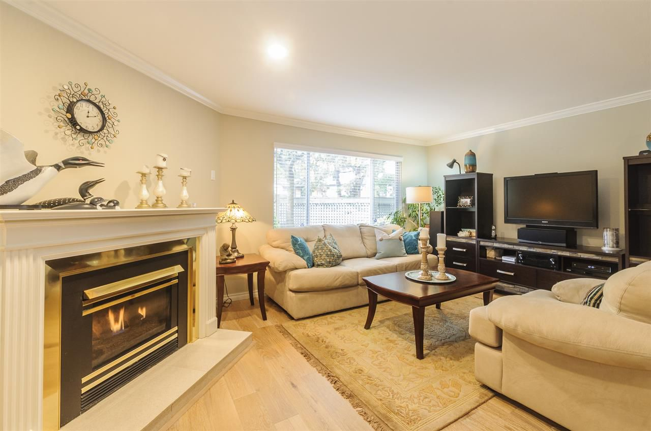 """Main Photo: 1209 PLATEAU Drive in North Vancouver: Pemberton Heights Townhouse for sale in """"PLATEAU VILLAGE"""" : MLS®# R2229758"""