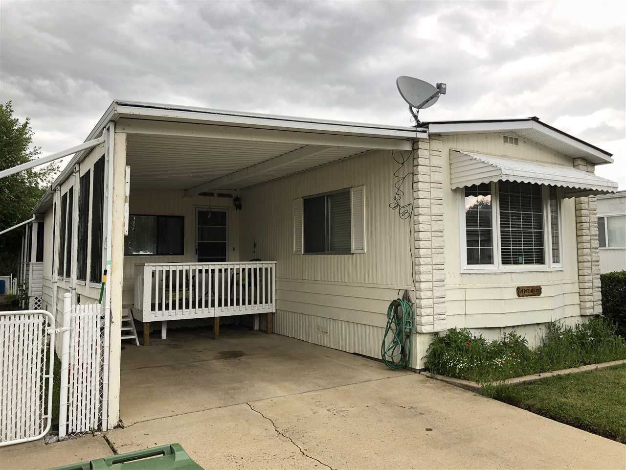 Main Photo: 9952 111 Street: Westlock Manufactured Home for sale : MLS®# E4116621