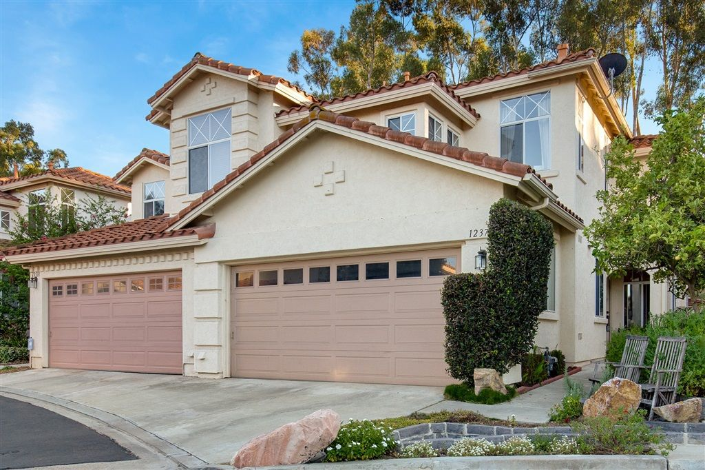 Main Photo: SCRIPPS RANCH Townhome for sale : 3 bedrooms : 12379 Caminito Vibrante in San Diego