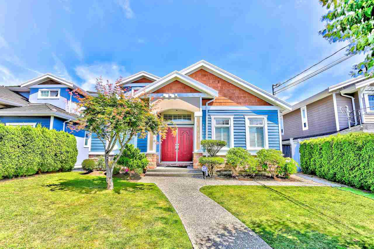 Main Photo: 1532 SPERLING Avenue in Burnaby: Sperling-Duthie House 1/2 Duplex for sale (Burnaby North)  : MLS®# R2386033