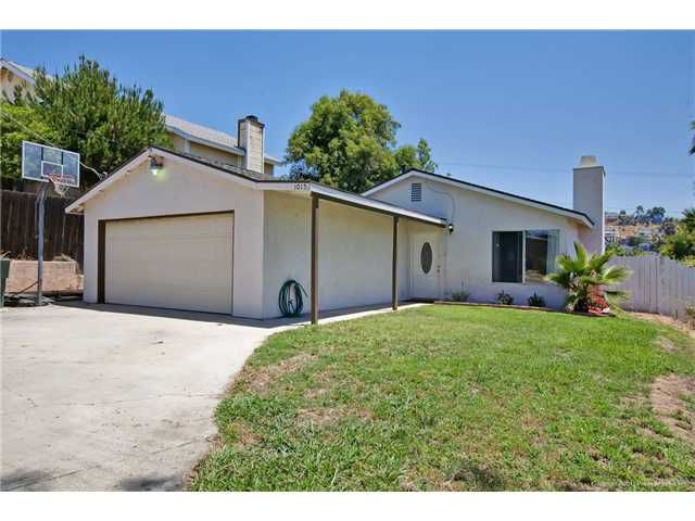 Main Photo: SPRING VALLEY House for sale : 3 bedrooms : 1015 MARIA