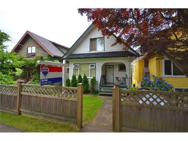 "Main Photo: 3408 SOPHIA Street in Vancouver: Main House for sale in ""SoMa - Main Street"" (Vancouver East)  : MLS®# V903226"
