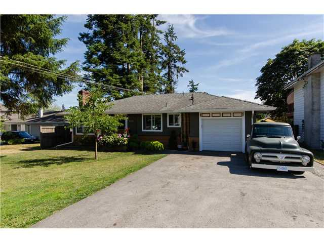 Main Photo: 17400 58A Avenue in Surrey: Cloverdale BC House for sale (Cloverdale)  : MLS®# F1447318
