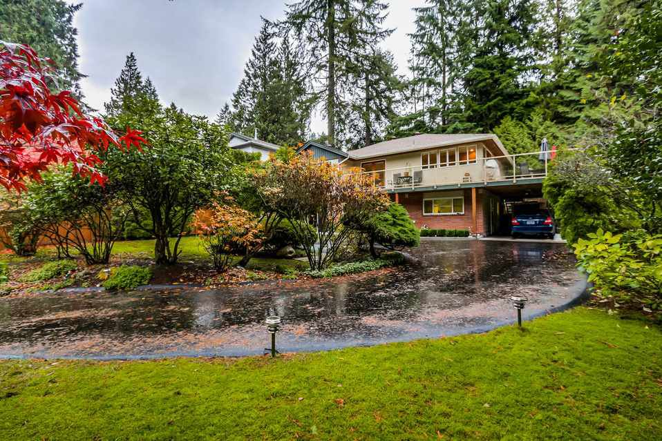 Main Photo: 1520 EDGEWATER Lane in North Vancouver: Seymour House for sale : MLS®# R2014059