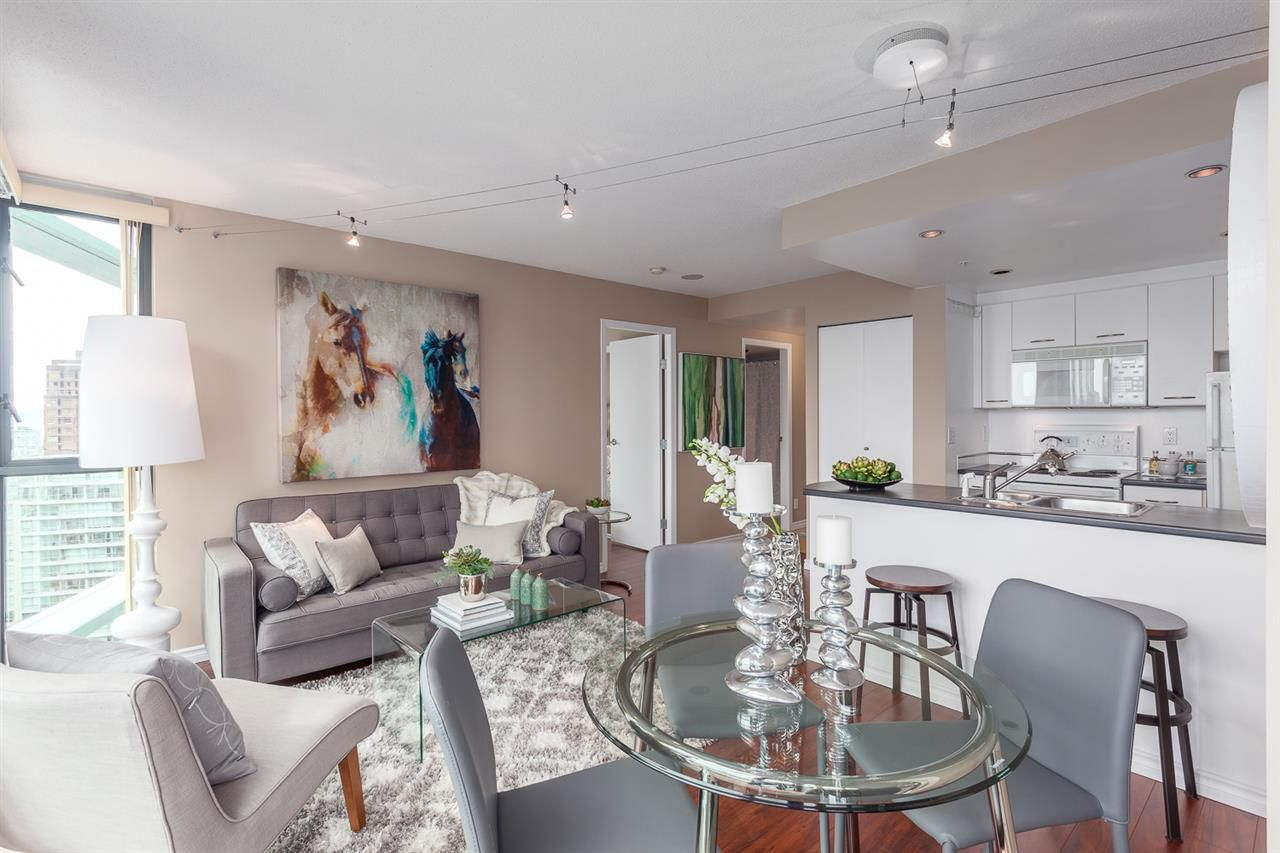 """Main Photo: 3008 1331 W GEORGIA Street in Vancouver: Coal Harbour Condo for sale in """"THE POINTE"""" (Vancouver West)  : MLS®# R2079446"""
