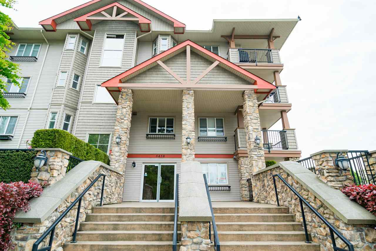 "Main Photo: 206 5438 198 Street in Langley: Langley City Condo for sale in ""Creekside Estates"" : MLS®# R2168002"