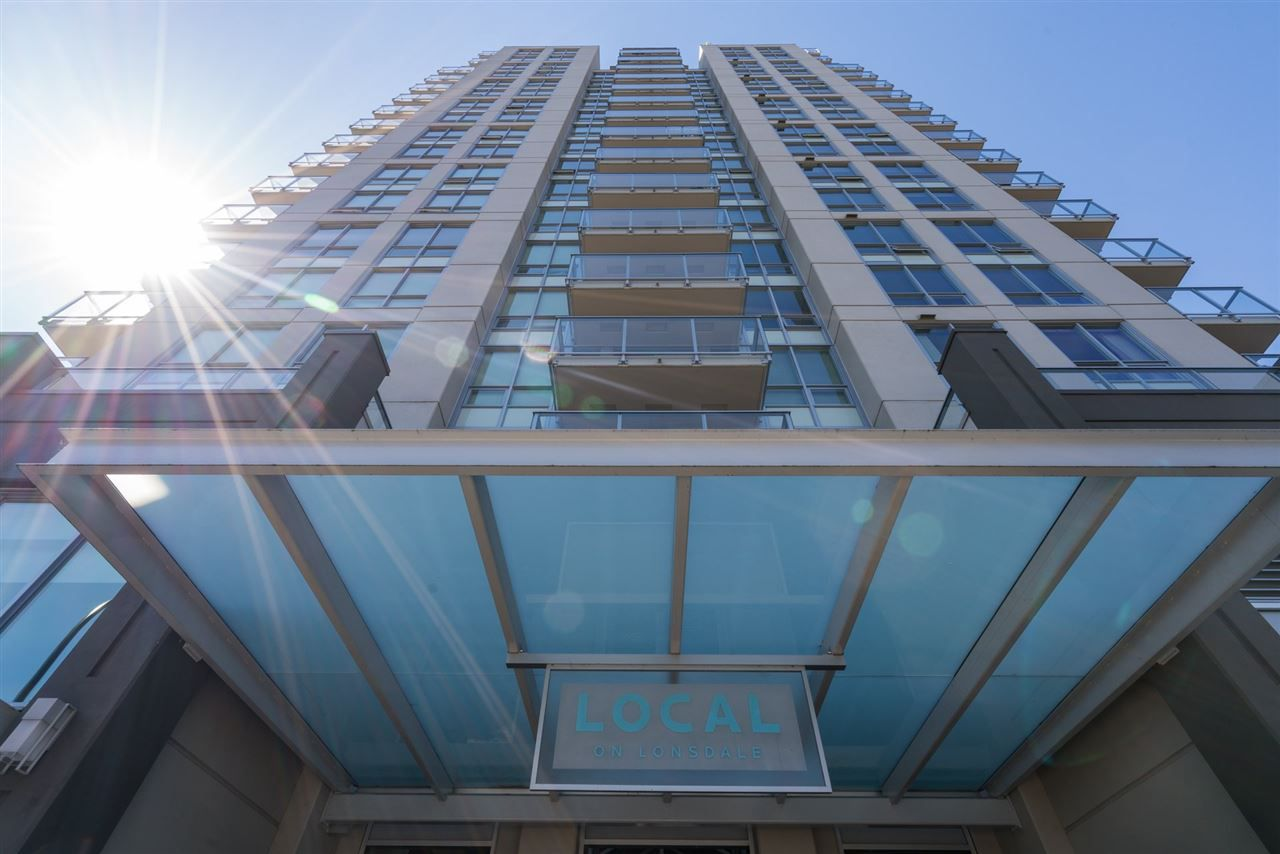 "Main Photo: 619 135 E 17TH Street in North Vancouver: Central Lonsdale Condo for sale in ""LOCAL ON LONSDALE"" : MLS®# R2169987"