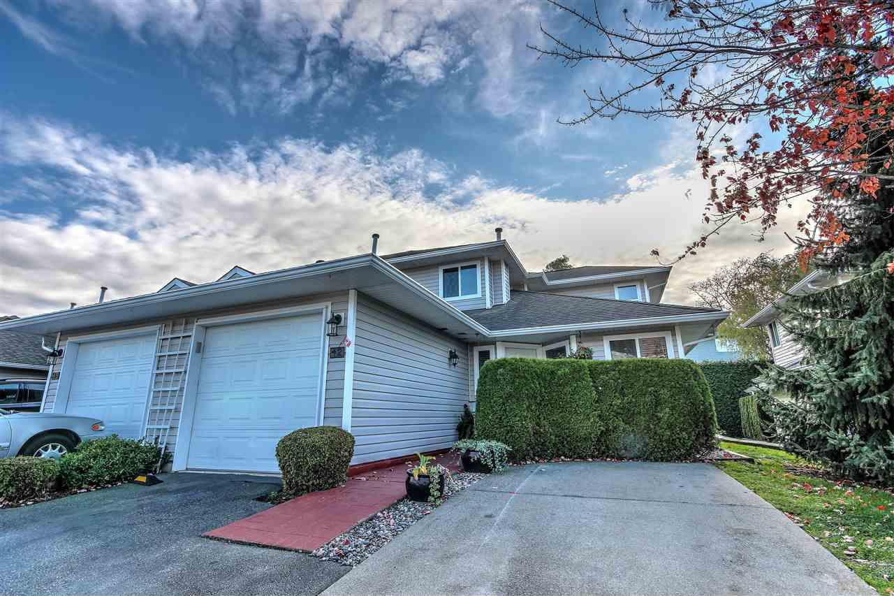 "Main Photo: 42 21928 48 Avenue in Langley: Murrayville Townhouse for sale in ""Murrayville Glen"" : MLS®# R2219163"