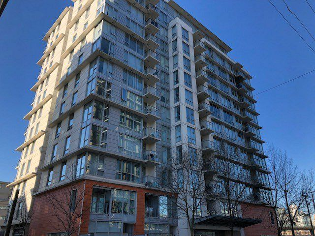 "Main Photo: 1505 1833 CROWE Street in Vancouver: False Creek Condo for sale in ""FOUNDARY"" (Vancouver West)  : MLS®# R2335673"