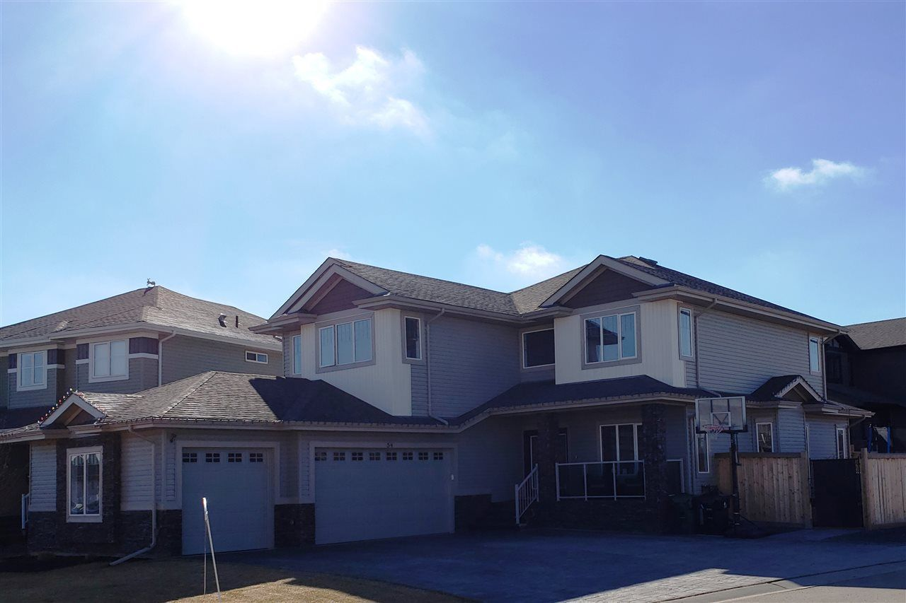 Main Photo: 54 DANFIELD Place: Spruce Grove House for sale : MLS®# E4152298