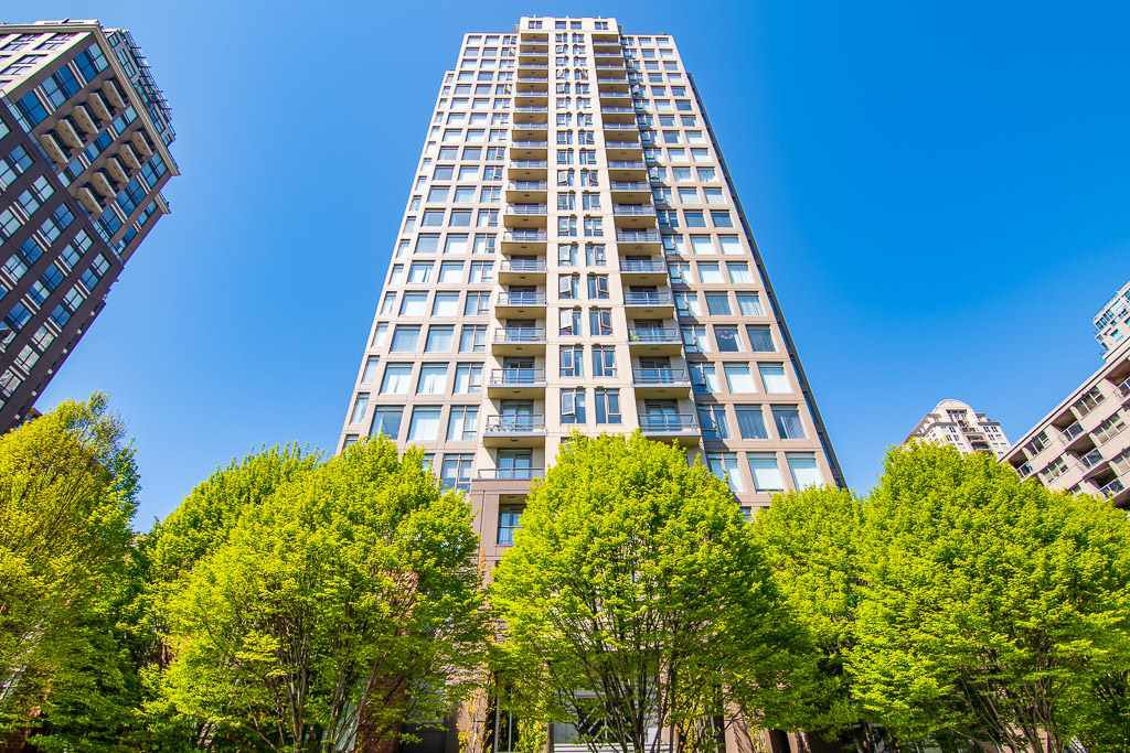 "Main Photo: 2306 1001 HOMER Street in Vancouver: Yaletown Condo for sale in ""THE BENTLEY"" (Vancouver West)  : MLS®# R2362525"