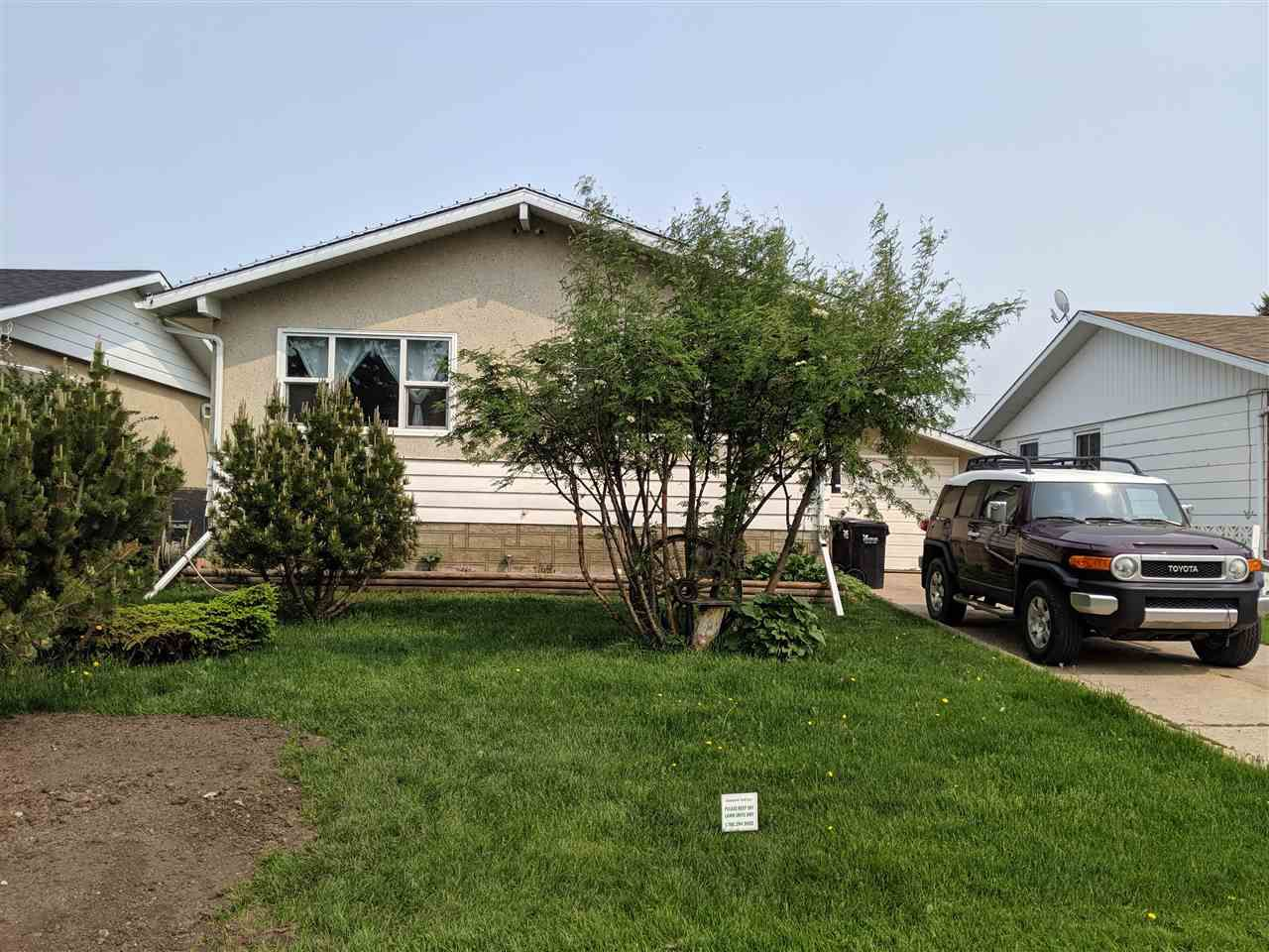 Main Photo: 10512 102 Street: Westlock House for sale : MLS®# E4160314