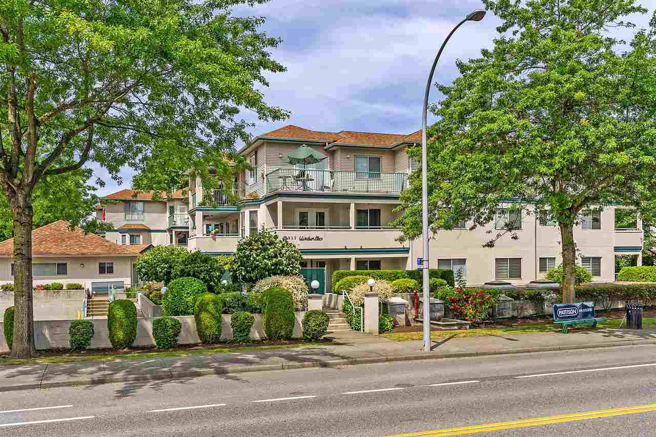 "Main Photo: 209 5955 177B Street in Surrey: Cloverdale BC Condo for sale in ""Windsor Place"" (Cloverdale)  : MLS®# R2380020"