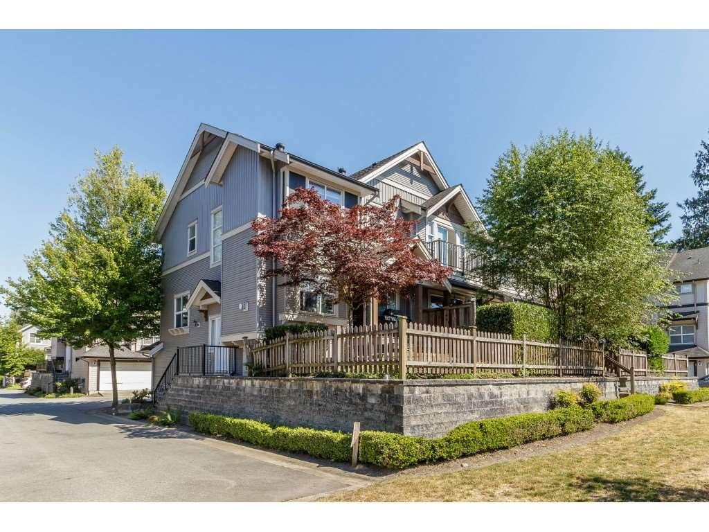"Main Photo: 35 6366 126 Street in Surrey: Panorama Ridge Townhouse for sale in ""Sunridge Estates"" : MLS®# R2380583"