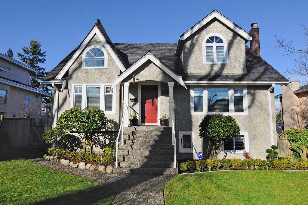 Main Photo: 3227 West 34th Avenue in Vancouver: MacKenzie Heights House for sale (Vancouver West)  : MLS®# v935652