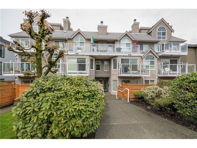"""Main Photo: 105 1265 W 11TH Avenue in Vancouver: Fairview VW Condo for sale in """"BENTLEY PLACE"""" (Vancouver West)  : MLS®# V1060487"""