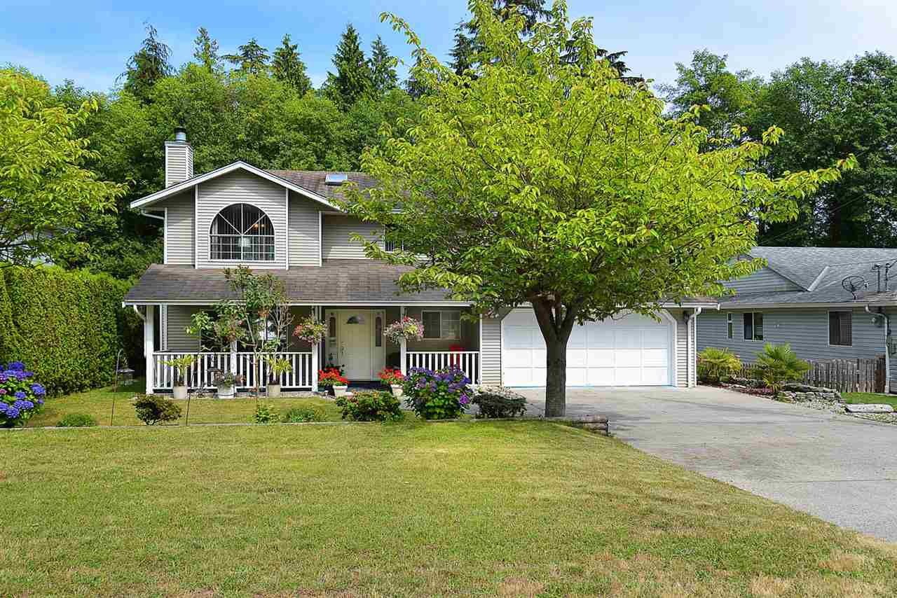 Main Photo: 300 COCHRANE ROAD in Gibsons: Gibsons & Area House for sale (Sunshine Coast)  : MLS®# R2187997