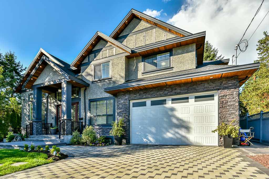 Main Photo: 1565 KING ALBERT Avenue in Coquitlam: Central Coquitlam House for sale : MLS®# R2205533