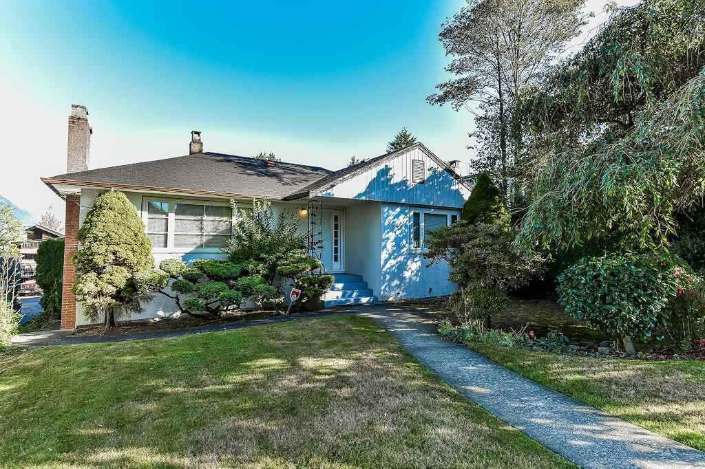 Main Photo: 3545 CAMBRIDGE Street in Vancouver: Hastings East House for sale (Vancouver East)  : MLS®# R2224828