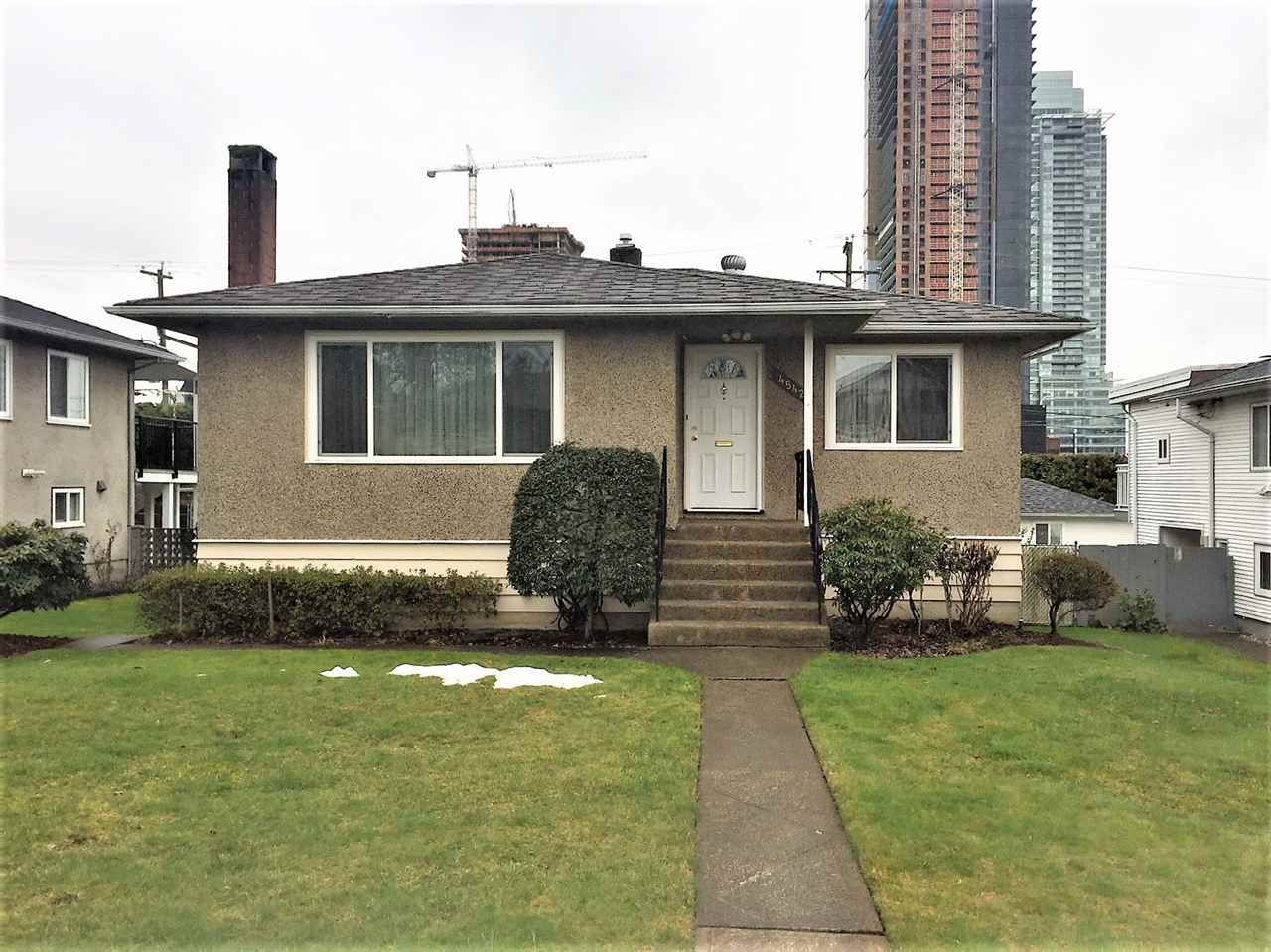 """Main Photo: 4542 BRENTLAWN Drive in Burnaby: Brentwood Park House for sale in """"BRENTWOOD"""" (Burnaby North)  : MLS®# R2249981"""