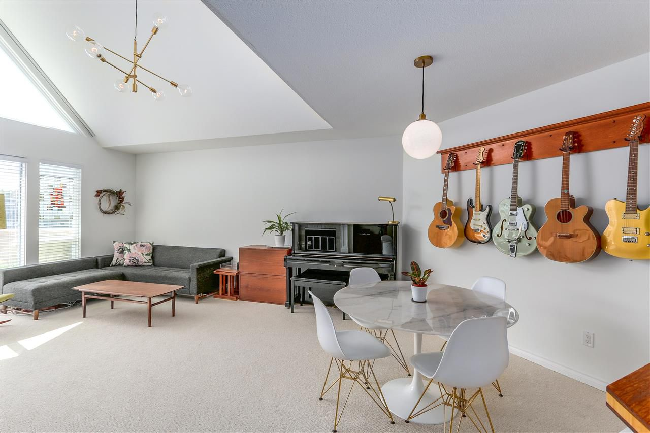 "Main Photo: 301 8611 ACKROYD Road in Richmond: Brighouse Condo for sale in ""TIFFANY GRAND"" : MLS®# R2282042"