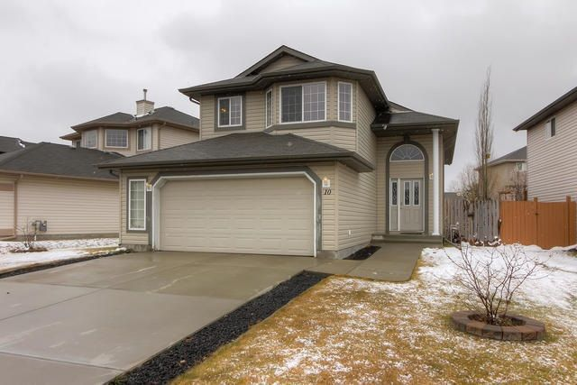 Main Photo: 10 HANEY Court: Spruce Grove House for sale : MLS®# E4155570