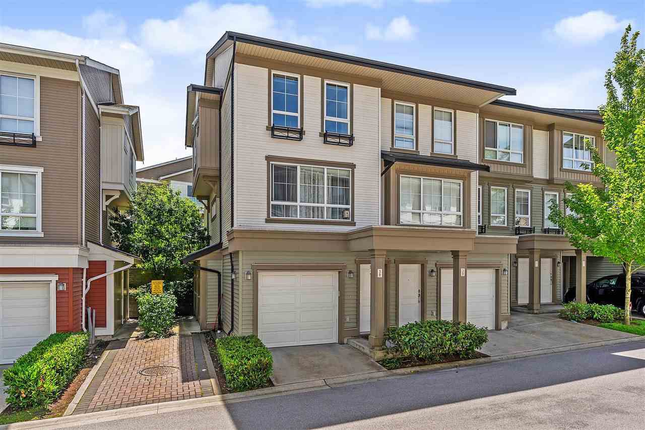 "Main Photo: 38 19505 68A Avenue in Surrey: Clayton Townhouse for sale in ""Clayton Rise"" (Cloverdale)  : MLS®# R2375930"