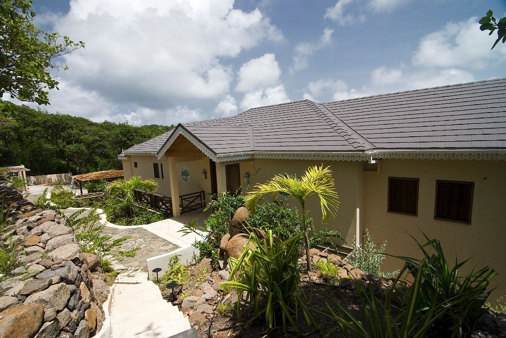 Main Photo:  in Hope Bay: House for sale (St. Vincent & the Grenadines)