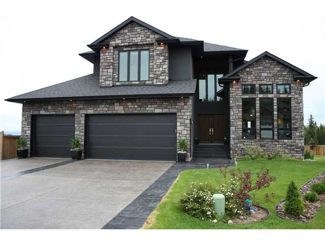 Main Photo: 7686 GRAYSHELL Road in Prince George: St. Lawrence Heights House for sale (PG City South (Zone 74))  : MLS®# N235787