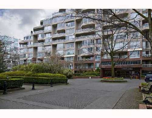 Main Photo: 312 518 MOBERLY Road in Vancouver West: False Creek Home for sale ()  : MLS®# V701763