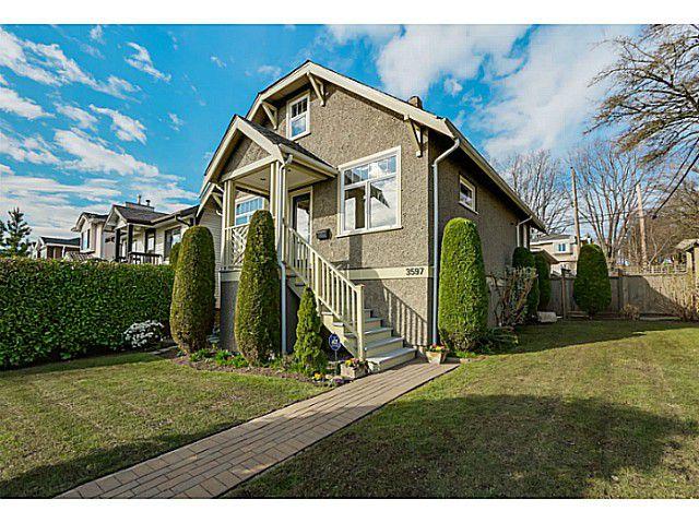 Main Photo: 3597 E GEORGIA Street in Vancouver: Renfrew VE House for sale (Vancouver East)  : MLS®# V1108180