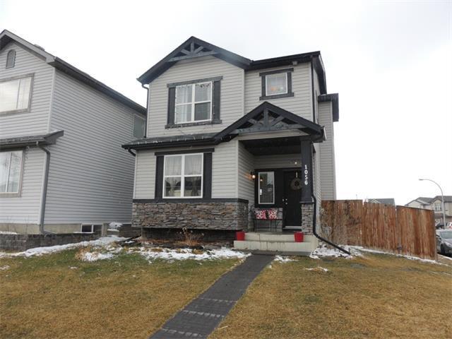 Main Photo: 1056 EVERRIDGE Drive SW in Calgary: Evergreen House for sale : MLS®# C4005156