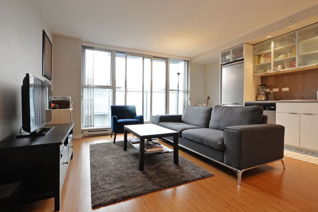 """Main Photo: 902 168 POWELL Street in Vancouver: Downtown VE Condo for sale in """"SMART"""" (Vancouver East)  : MLS®# R2028109"""