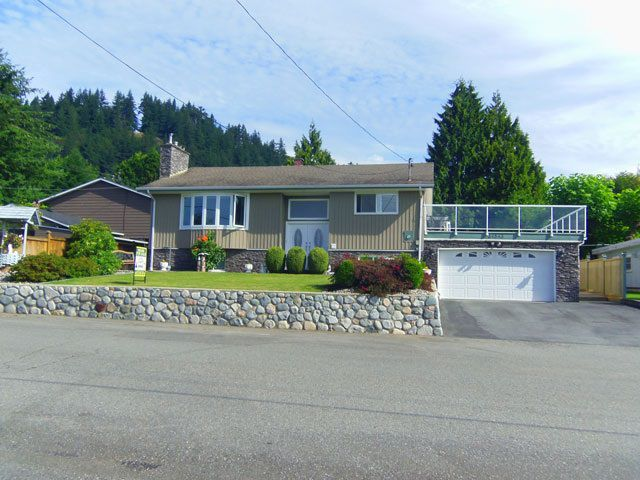 Main Photo: 34543 DANN Avenue in Mission: Hatzic House for sale : MLS®# R2094039