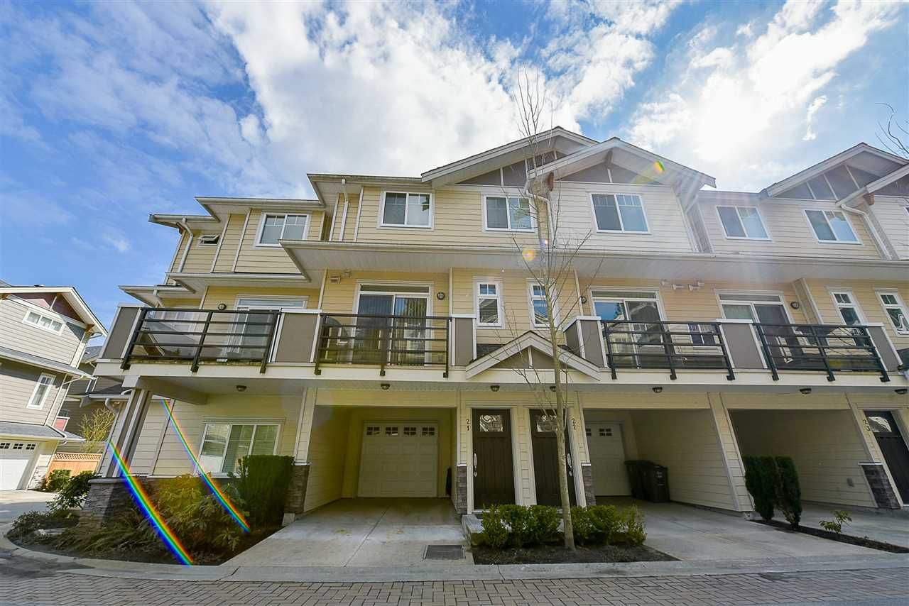 Main Photo: 21 6383 140 Street in Surrey: Sullivan Station Townhouse for sale : MLS®# R2152595
