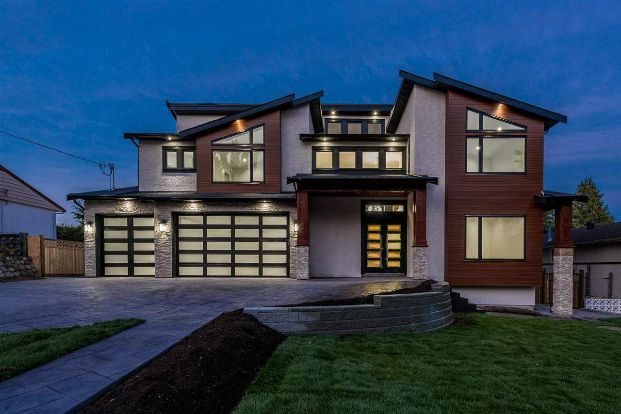 Main Photo: 461 MONTGOMERY Street in Coquitlam: Central Coquitlam House for sale : MLS®# R2216754