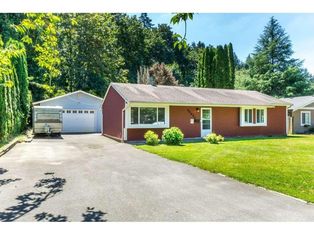 Main Photo: 34824 LABURNUM Avenue in Abbotsford: Abbotsford East House for sale : MLS®# R2288832