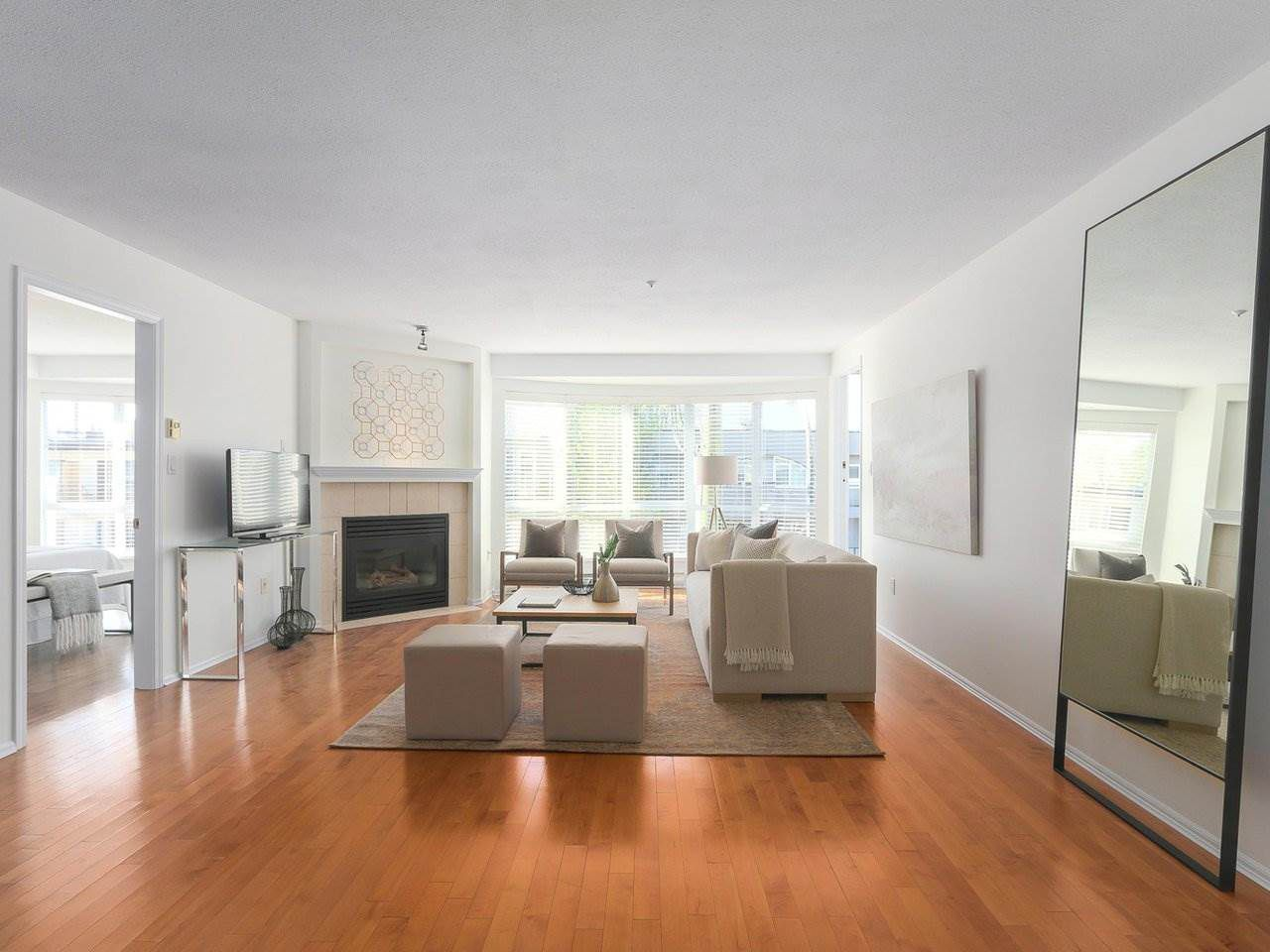 """Main Photo: 312 789 W 16TH Avenue in Vancouver: Fairview VW Condo for sale in """"SIXTEEN WILLOWS"""" (Vancouver West)  : MLS®# R2368634"""
