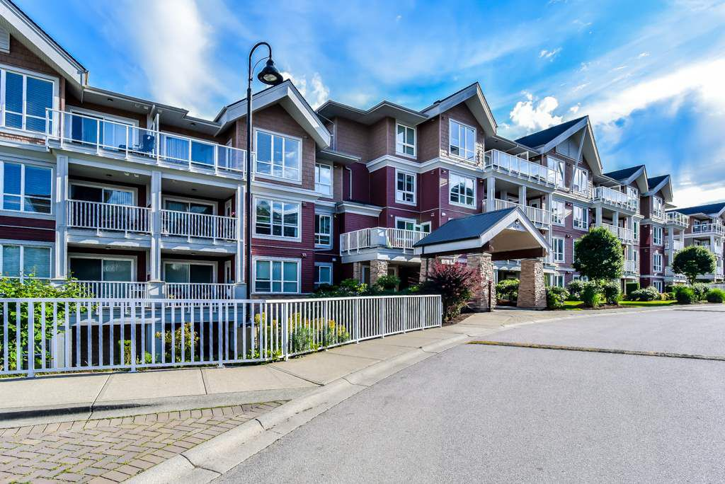 """Main Photo: 315 6440 194 Street in Surrey: Clayton Condo for sale in """"Waterstone"""" (Cloverdale)  : MLS®# R2377087"""