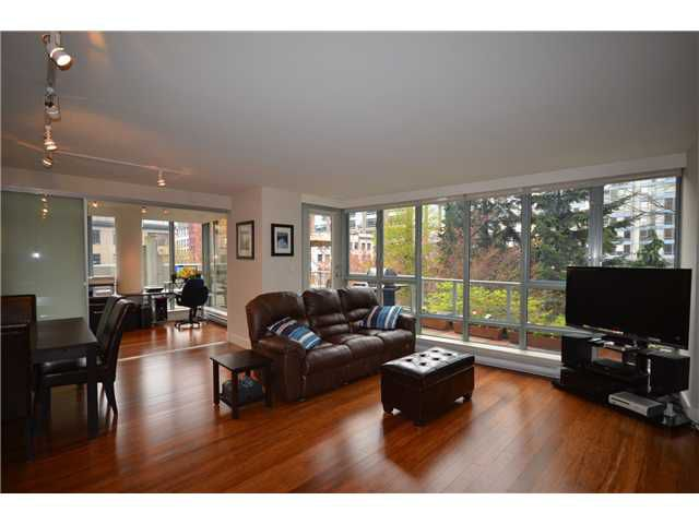 "Main Photo: # 301 930 CAMBIE ST in Vancouver: Yaletown Condo for sale in ""PACIFIC PLACE LANDMARK II"" (Vancouver West)  : MLS®# V955695"