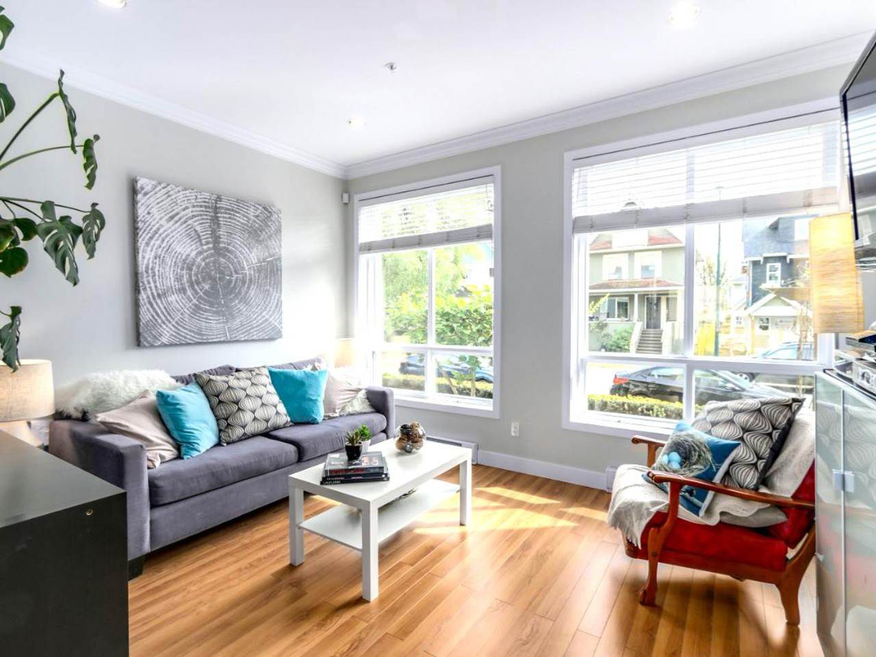 """Main Photo: 1017 E 20TH Avenue in Vancouver: Fraser VE Townhouse for sale in """"Windsor Place"""" (Vancouver East)  : MLS®# R2059020"""