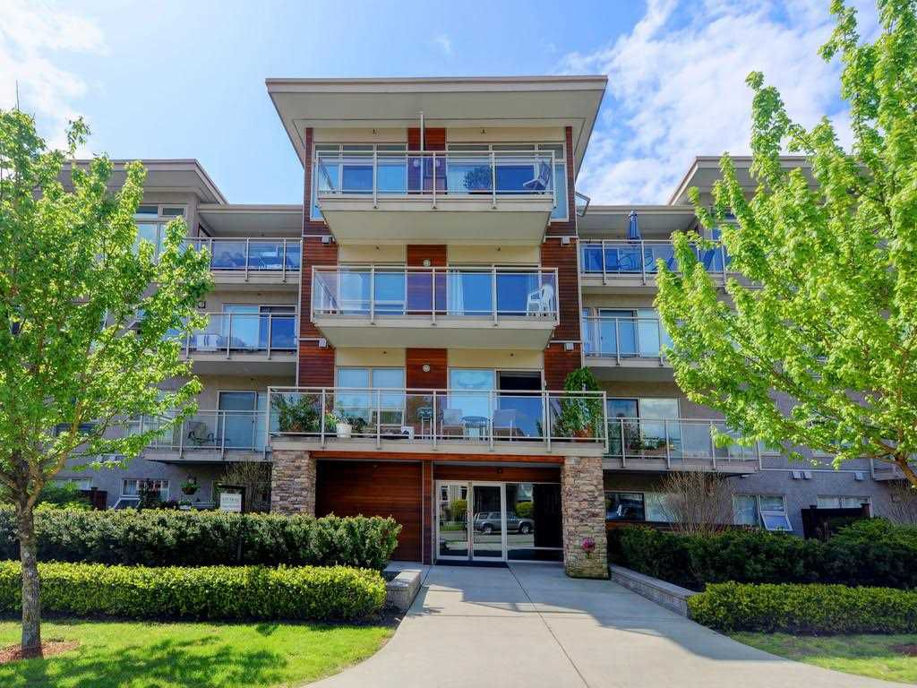 """Main Photo: 314 1033 ST. GEORGES Avenue in North Vancouver: Central Lonsdale Condo for sale in """"VILLA ST GEORGES"""" : MLS®# R2164511"""