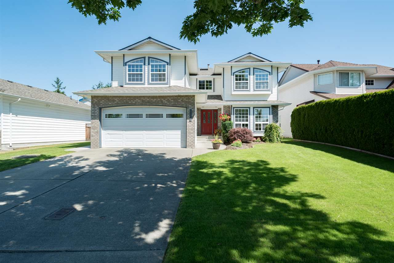 """Main Photo: 22225 47 Avenue in Langley: Murrayville House for sale in """"MURRAYVILLE"""" : MLS®# R2184794"""