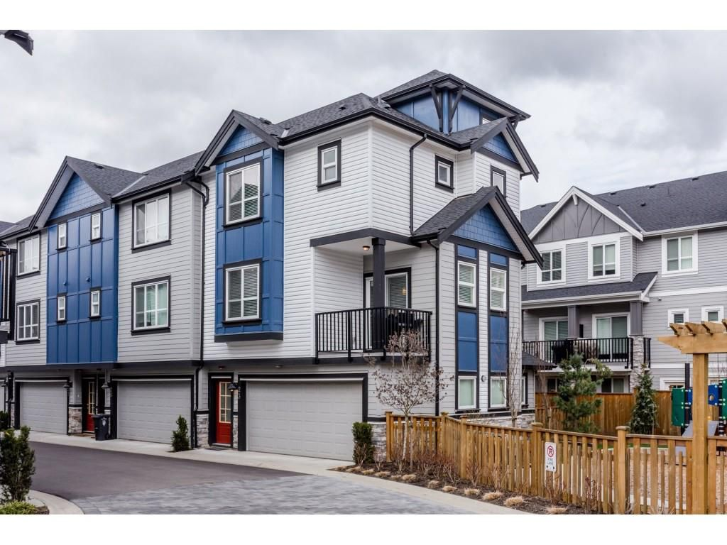 """Main Photo: 23 20856 76 Avenue in Langley: Willoughby Heights Townhouse for sale in """"Lotus South"""" : MLS®# R2251857"""
